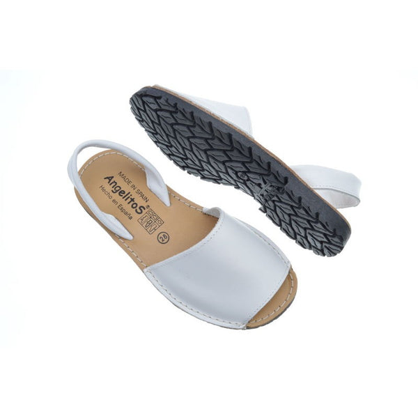 Woman White Menorquina Leather Sandals