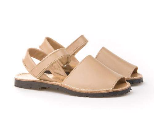 Tan Menorquina Leather Sandals