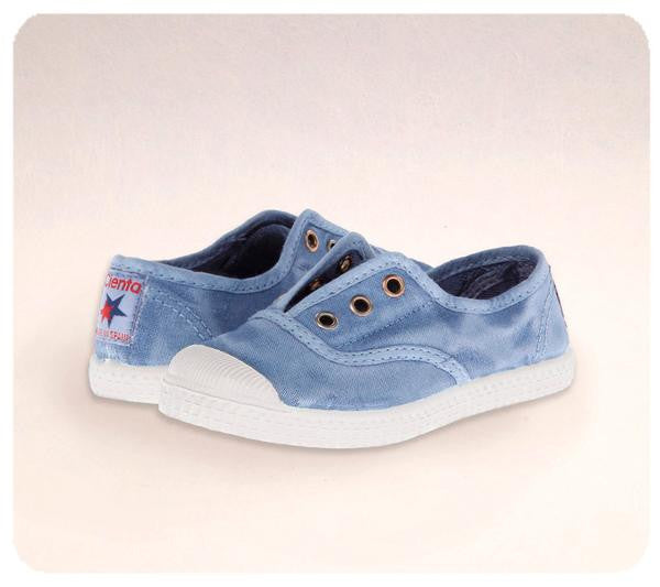 Canvas Blue Denim Distressed Cienta Slip On