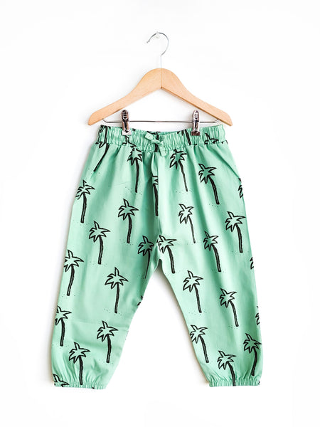 Nadadelazos Pants | Palm Trees - Green Hearts Pink
