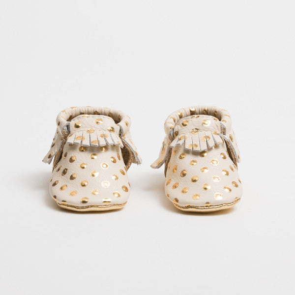 Freshly Picked Moccasins | Cream and Gold - Green Hearts Pink