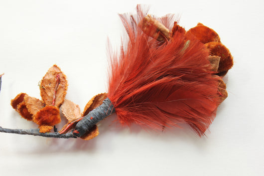 Hackle feather pompom with velvet rose flower, 5392.