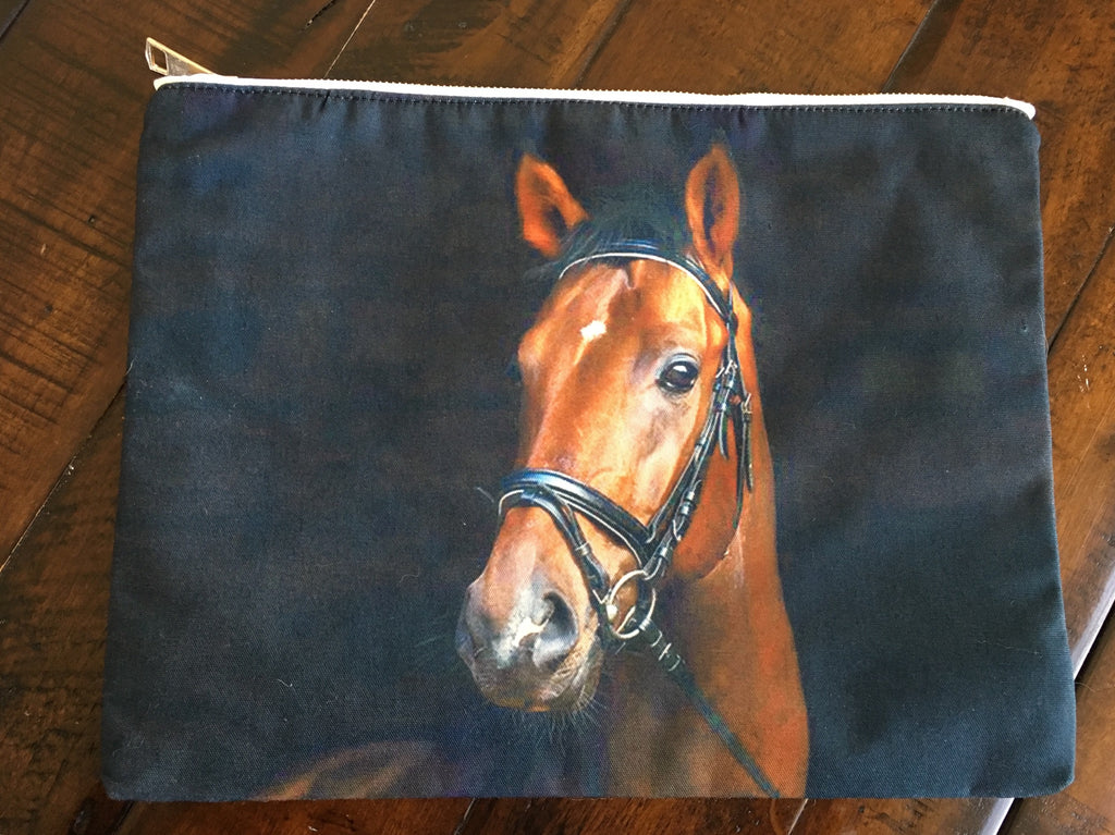 Bay Horse Pouch