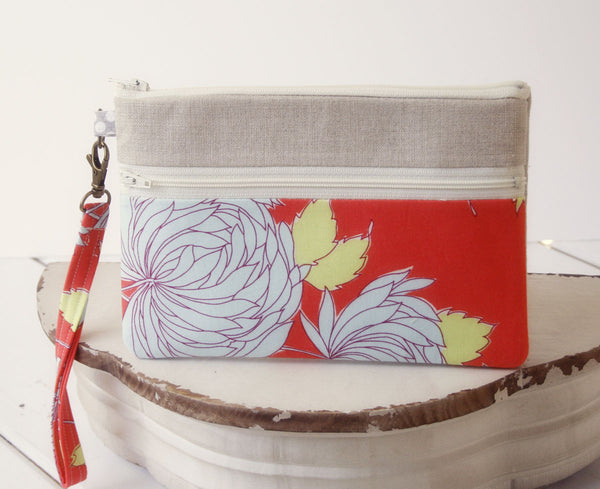 iPhone/Samsung Clutch Wristlet ~ Zipper Pouch Clutch in Fresh Flowers - Oh! Koey