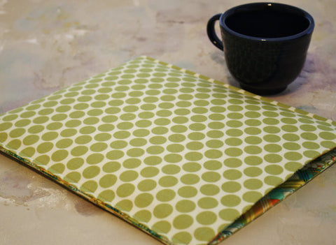 "SAMPLE SALE 13"" Macbook Sleeve in Green Apple Dots - Oh! Koey"