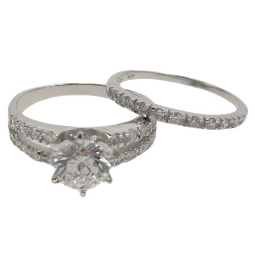7.5mm CZ Solitaire Engagement Ring