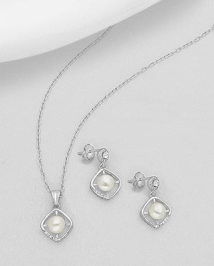 Diamond Shape Pearl Set