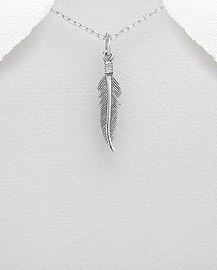 Feather with curved tip Necklace