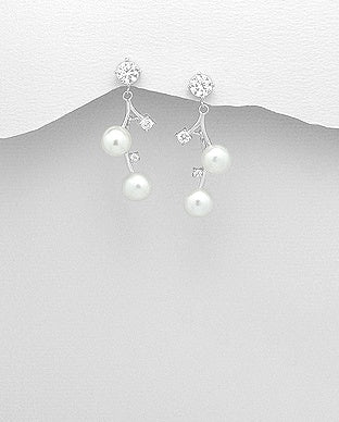 Flower Dangle Pearl Earrings