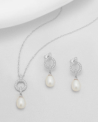 Eternity Circle Pearl Set
