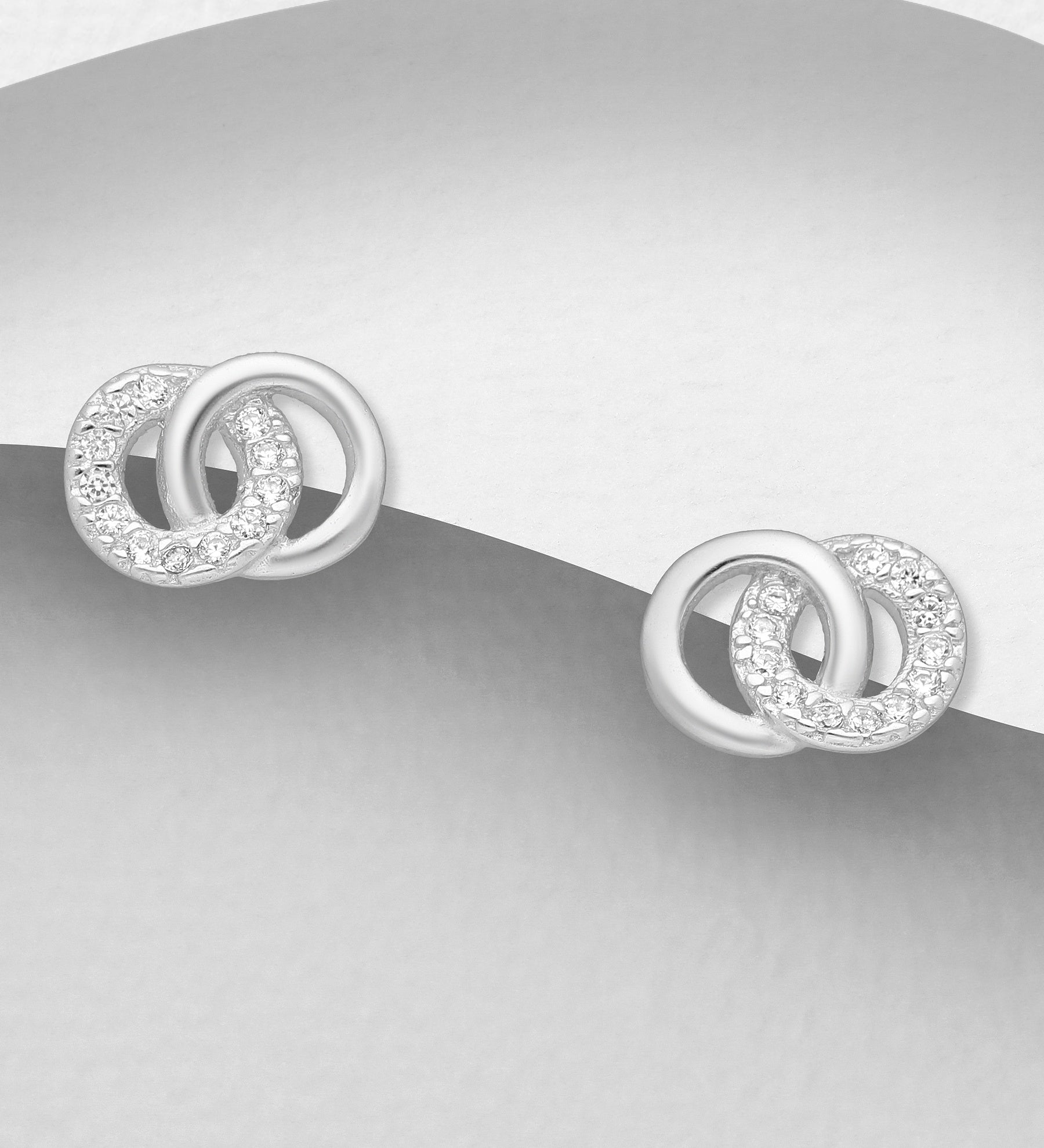 Smooth & CZ Circles Earrings
