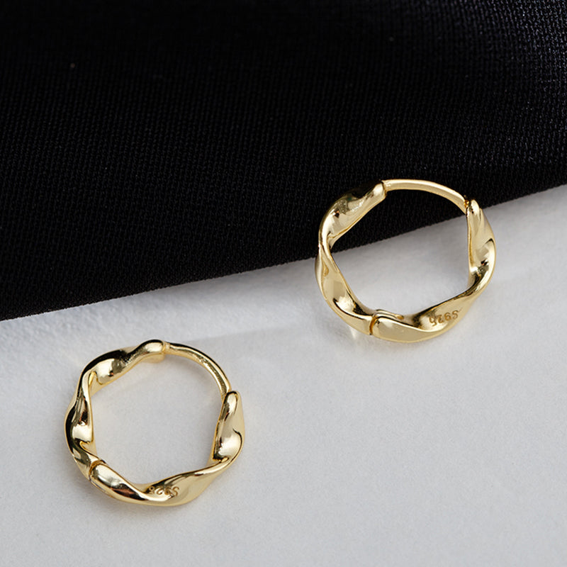 Twist Huggie Hoop Earrings 13mm