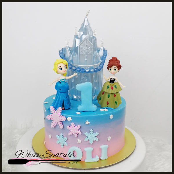 Winter Wonderland Buttercream Cake - White Spatula Singapore