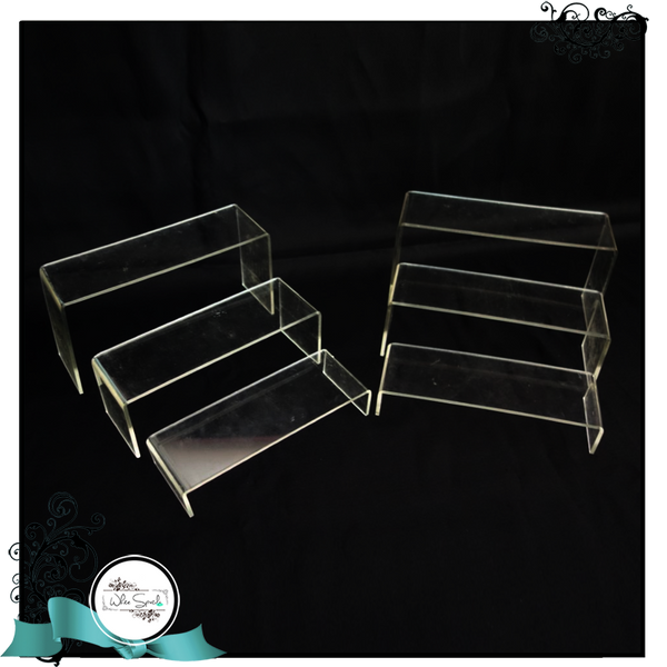 Acrylic steps with 3 heights - White Spatula Singapore