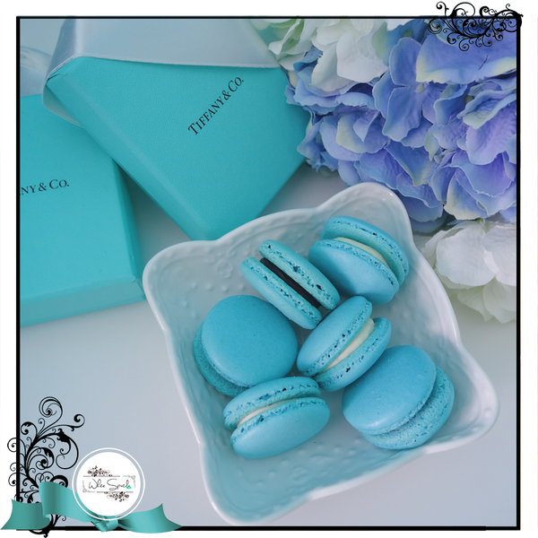 Customized French Macarons - White Spatula