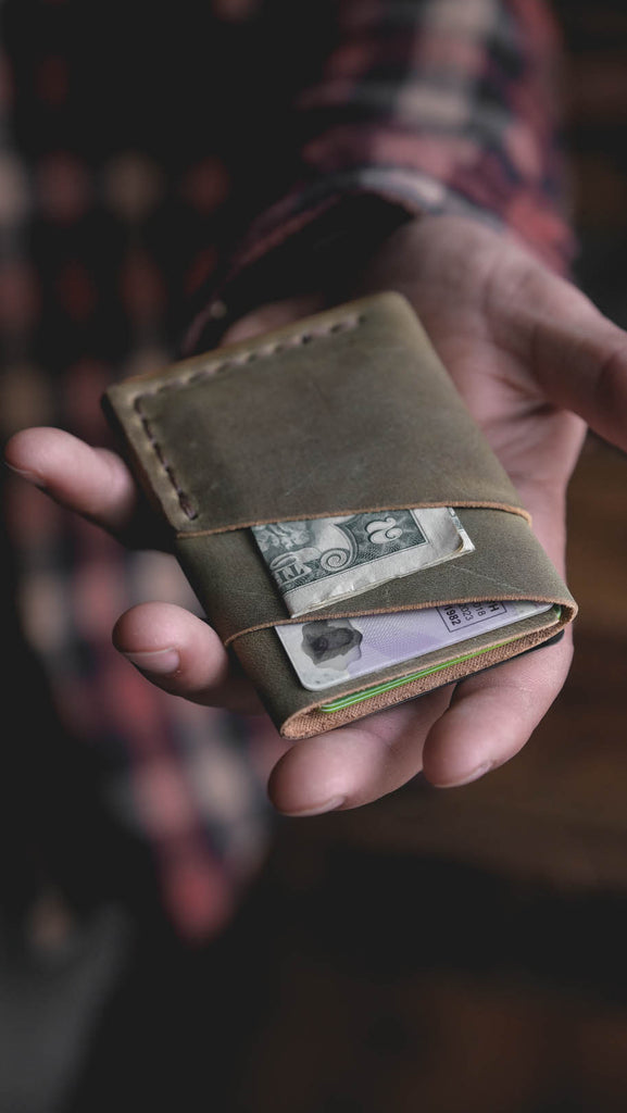 PORT WALLET, Limited Edition Scotch Moss Leather Everyday Carry Quality Handmade