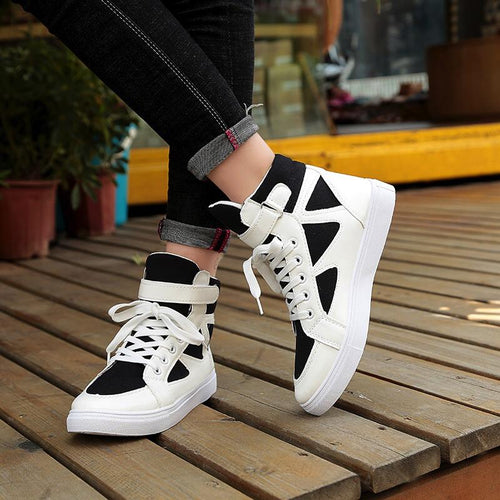 Casual Striped Lace Up Sneakers -  Women's Wedge Sneakers