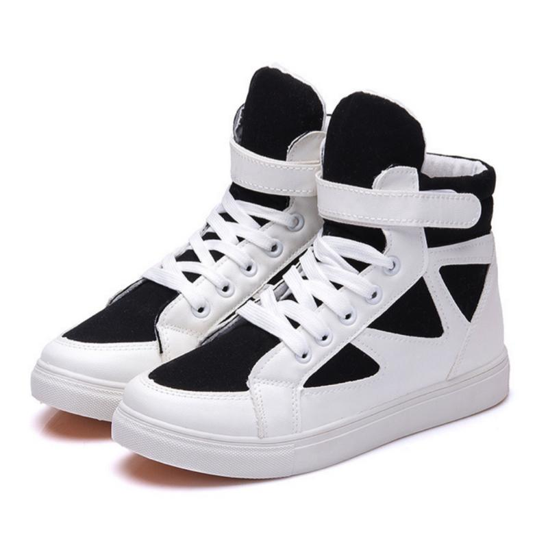 Casual Striped Lace Up Sneakers Sneakers - Korean Fashion
