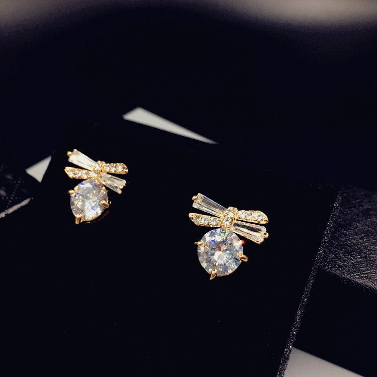 Bow and Pearl Stud Earrings Jewelery - Korean Fashion