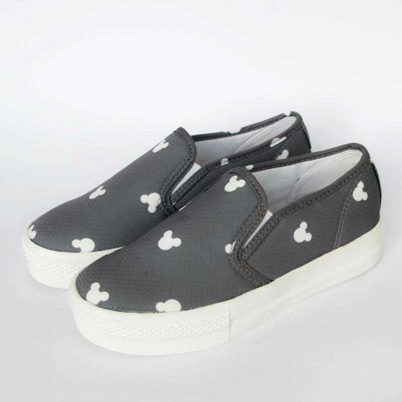 Mickey Mouse Print Loafers Loafers - Korean Fashion
