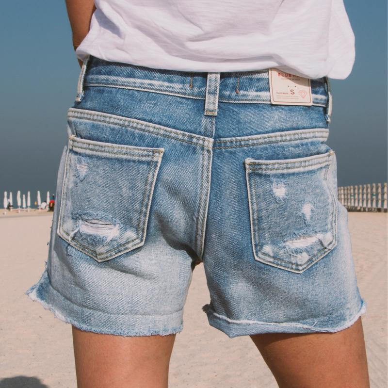 Medium Waisted Shorts Shorts - Korean Fashion