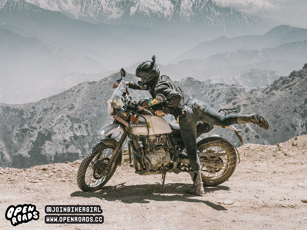 Jessica Zahra traveling the world on her motorcycle - Moto Femmes