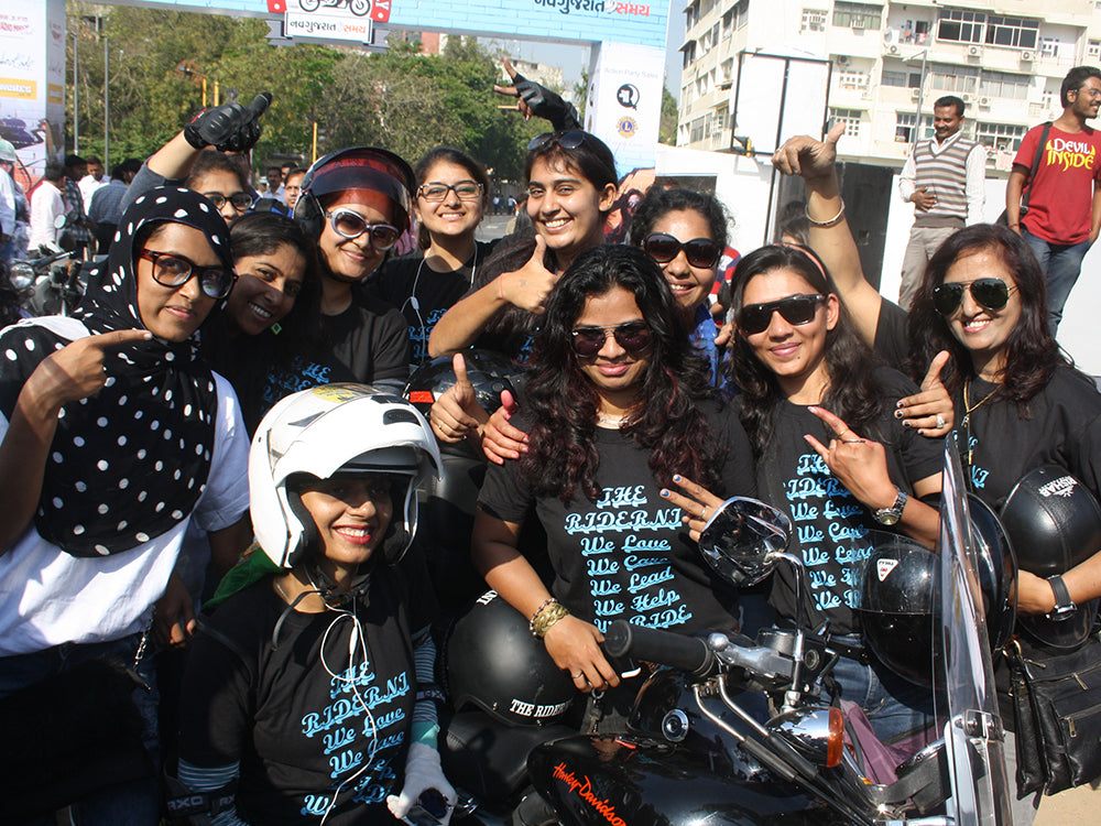 Womans motorcycle riding group in Dubai