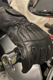 Buy the sunday ride gloves black online at Moto Est. Australia 5