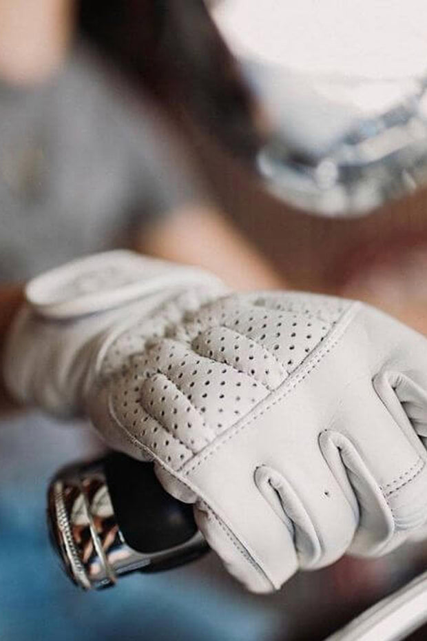 Buy the sunday ride gloves white online at Moto Est. Australia