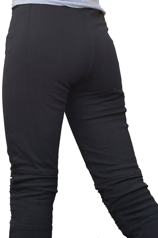 Buy the gogo armoured protective leggings online at Moto Est. Australia