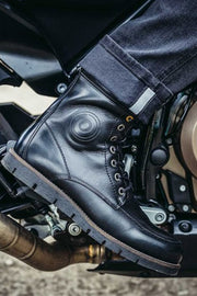Buy the revit mohawk 2 boots online at Moto Est. Australia