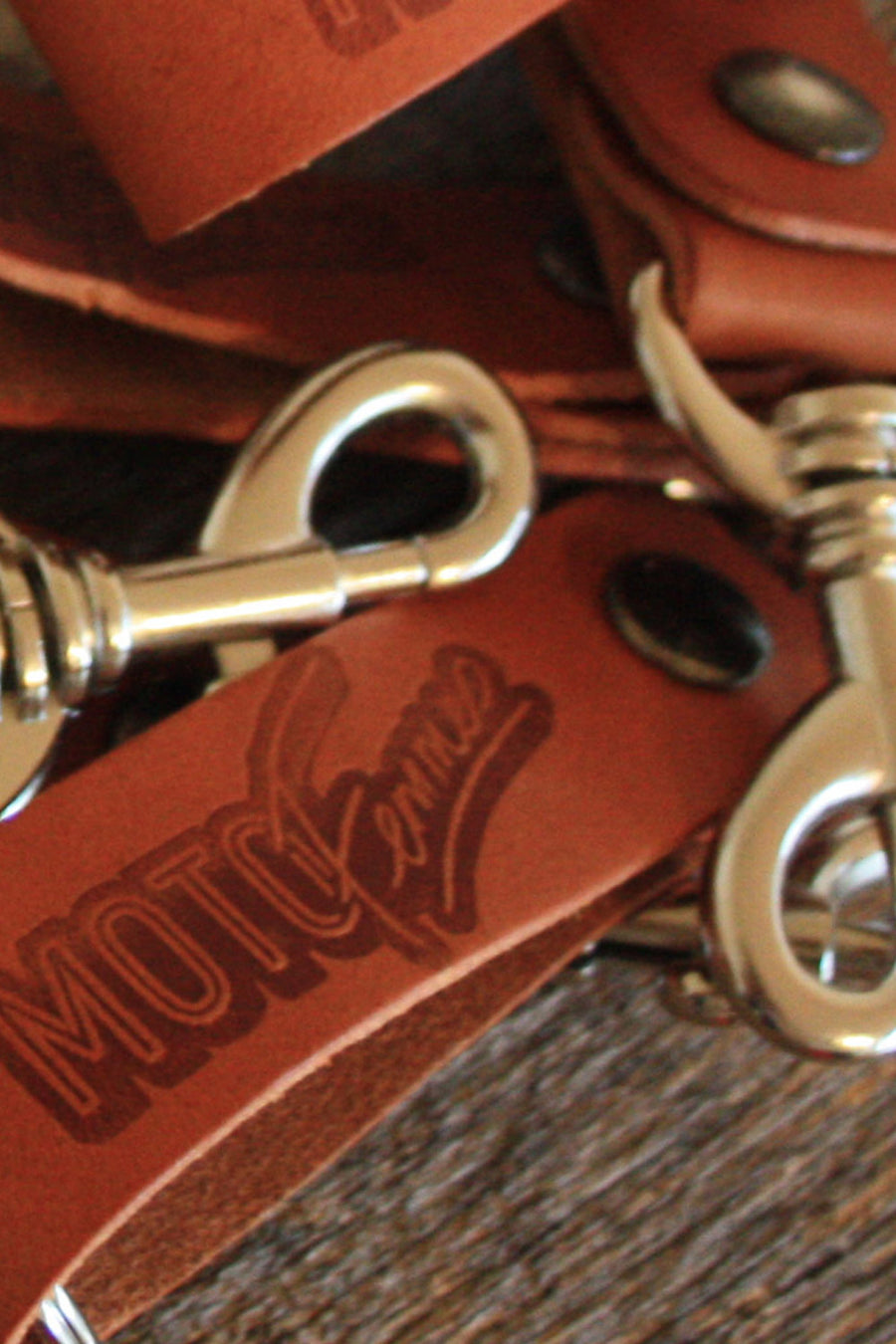 Moto Femmes Logo Leather Key Fob
