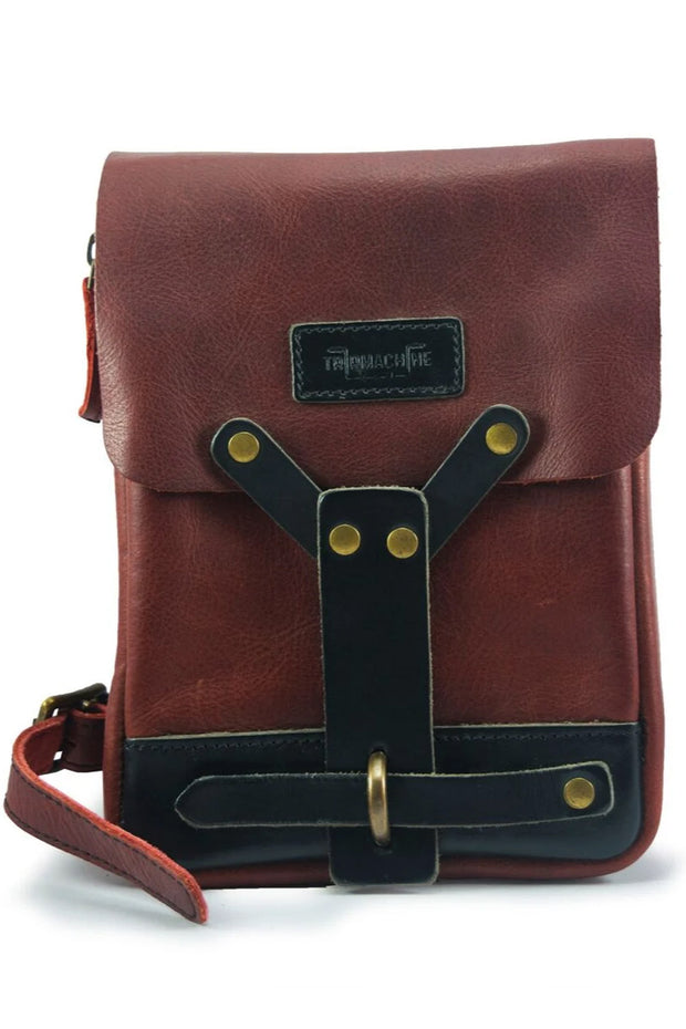 trip machine leather thigh bag in cherry red