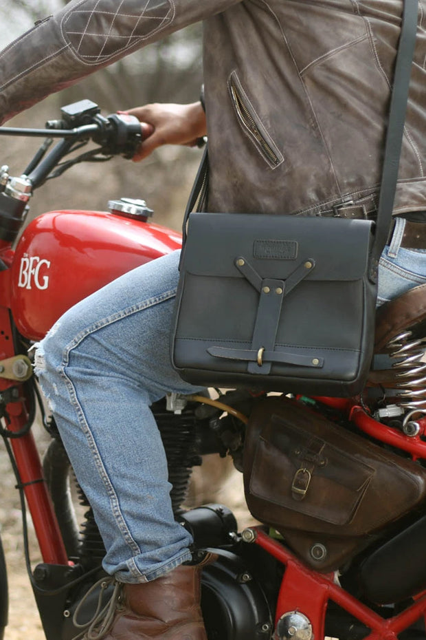 Buy the trip machine messenger bag black online at Moto Est. Australia