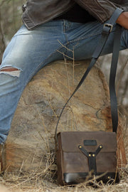 Buy the trip machine messenger bag tobacco online at Moto Est. Australia