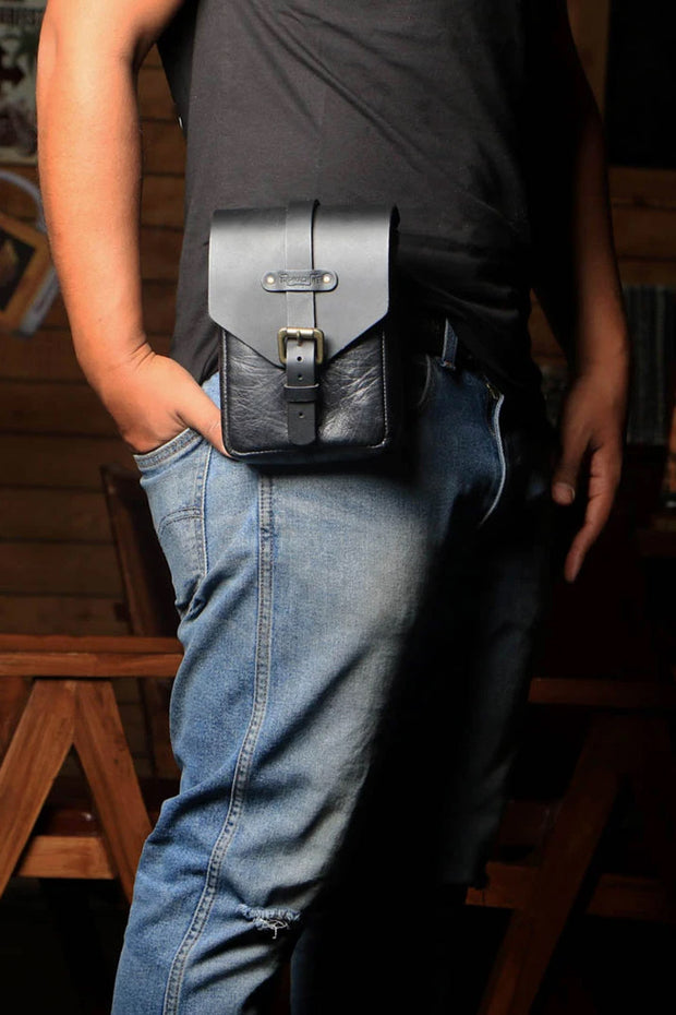 Buy the trip machine tank pouch black online at Moto Est. Australia 5