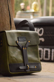 Melbourne hand made leather messenger in army green
