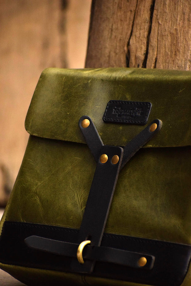 Melbourne hand made leather messenger bag for your motorcycle