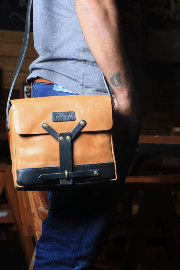 buy the trip machine tan leather messenger bag online at moto est Australia