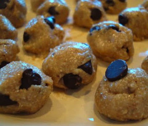 COOKIE DOUGH BON-BONS