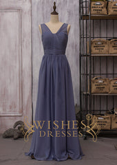 Dark Navy Chiffon V-neck Bridesmaid Dress for Wedding Am165