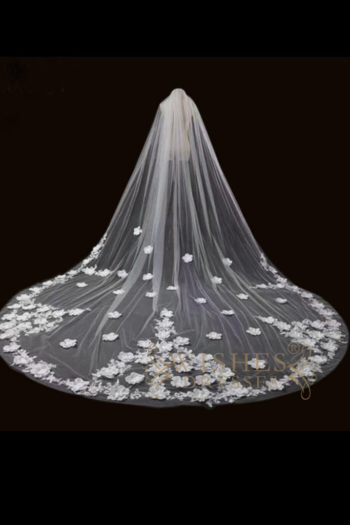 3.8 m White Lace Long Veil V17002