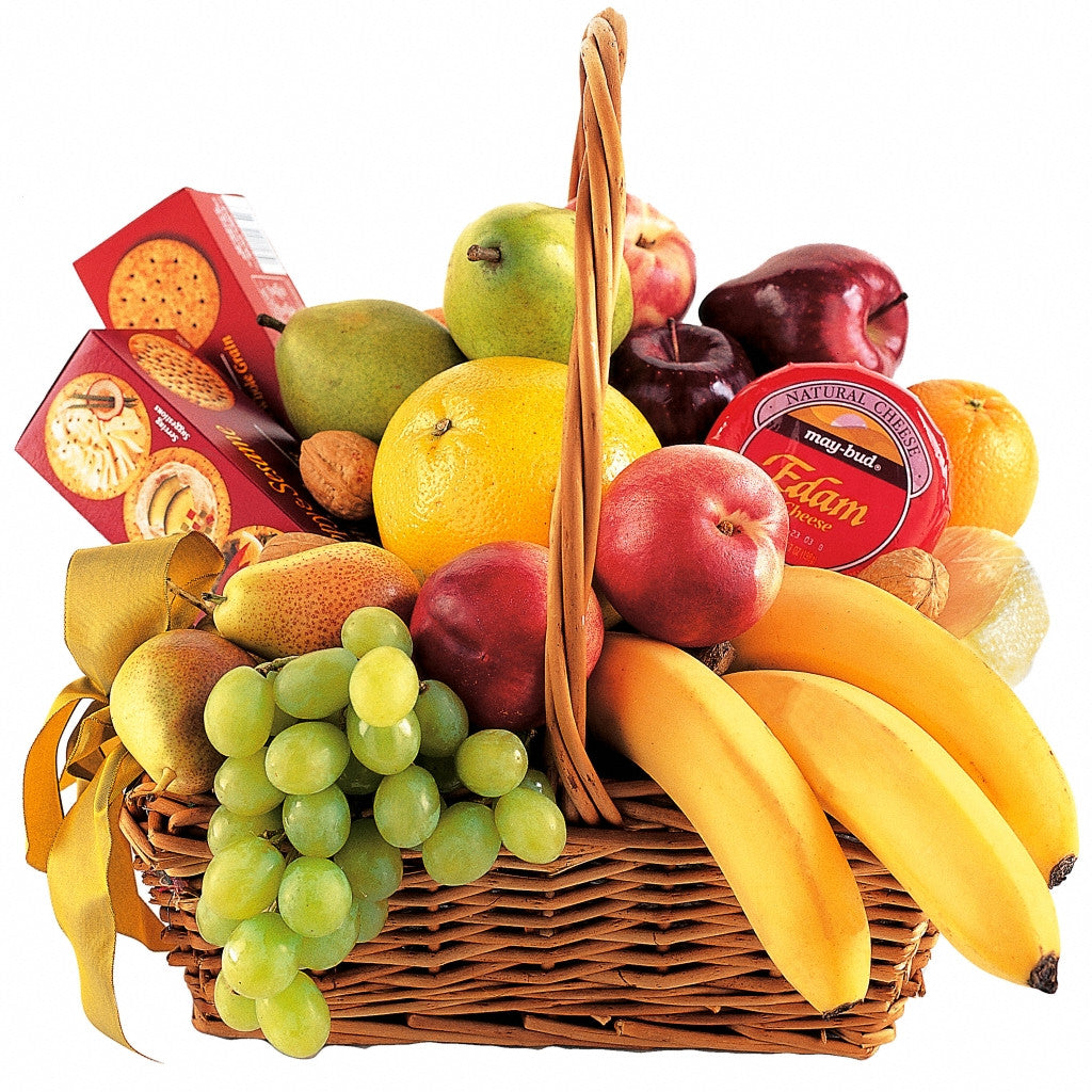 (display image: Classic Fruit Basket)