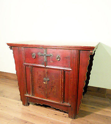 "Antique Chinese ""Butterfly"" Coffer (5651), Circa 1800-1849"