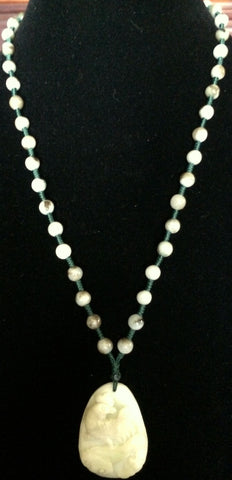 Natural Jadeite Untreated Light Celadon Green Jade Necklace (8112)