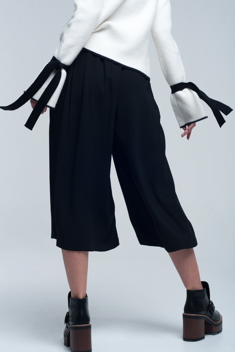 Falda Pantalon En Color Negro