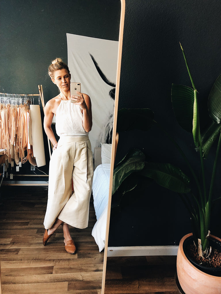 {124} High-Waisted, Crop Trouser - Barely Blush