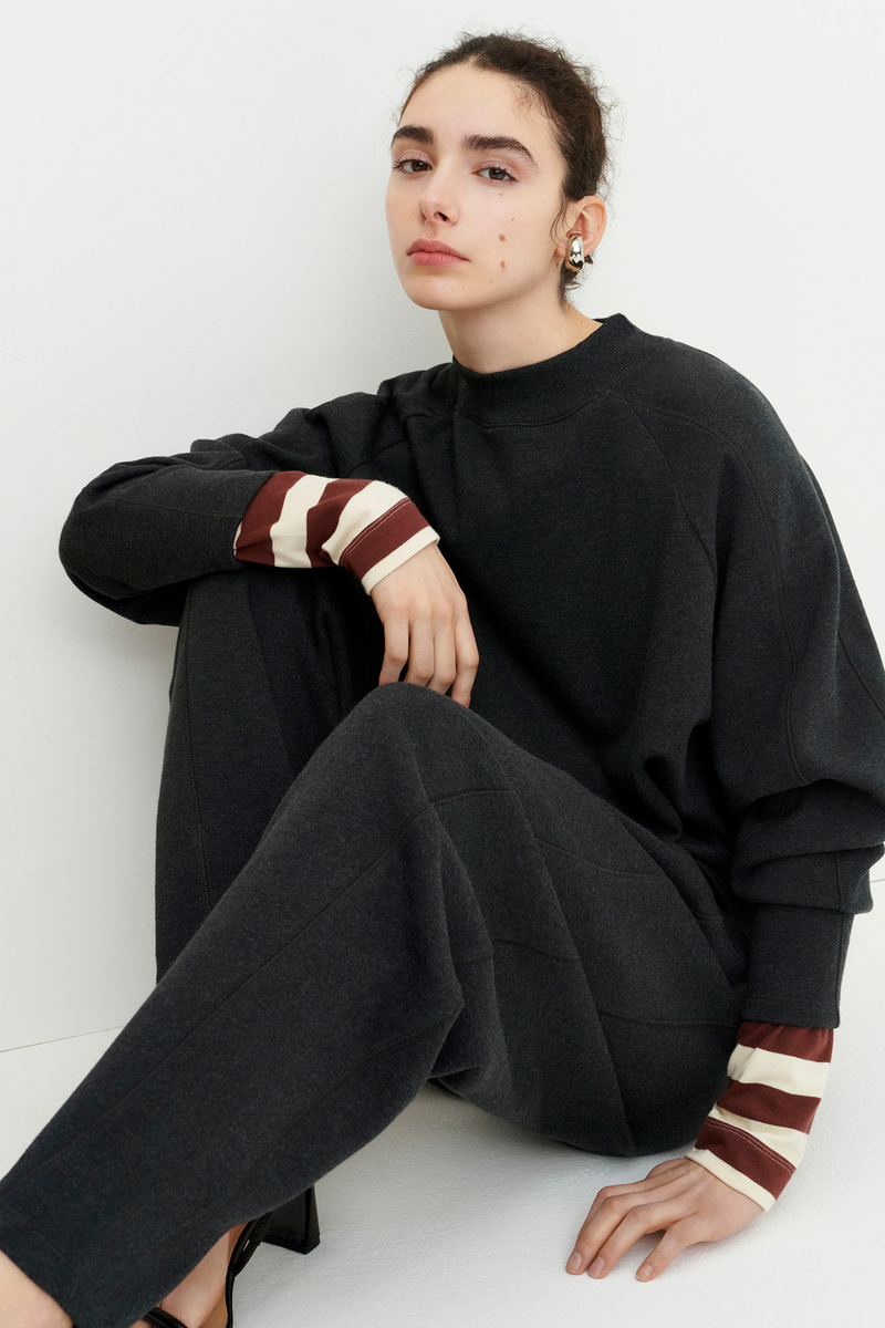 Linear Sweatshirt, Charcoal