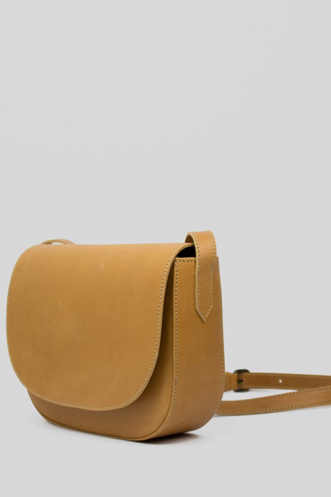 Curved Shoulder Bag, Tan