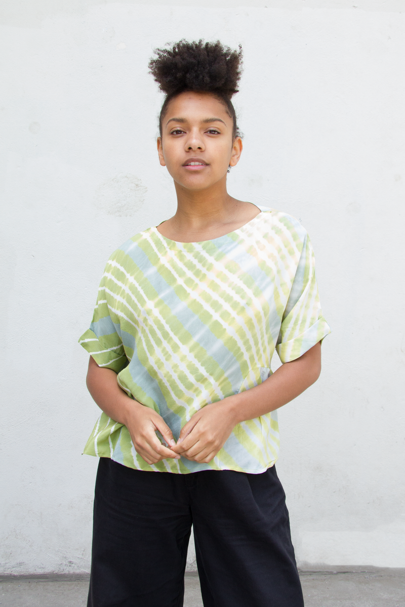 Box Pleat Top in Silk Leheriya